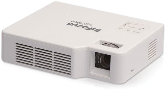 Der LED-Projektor im Taschenbuchformat InFocus IN1142